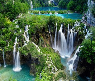 Plitvice-Lakes-National-Park-Croatia